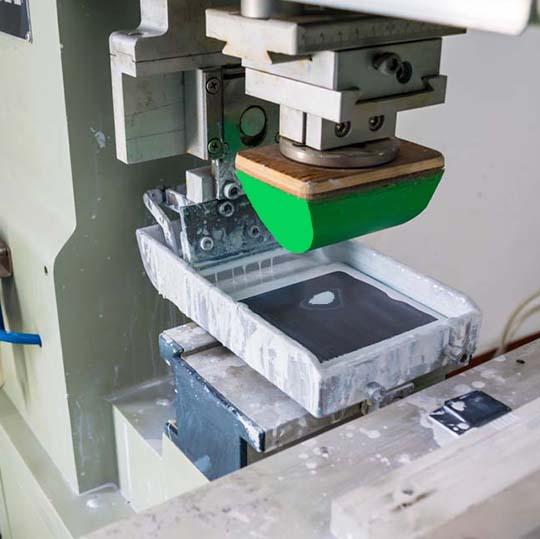 ملزومات چاپ تامپو در چاپ روی قطعات مختلف